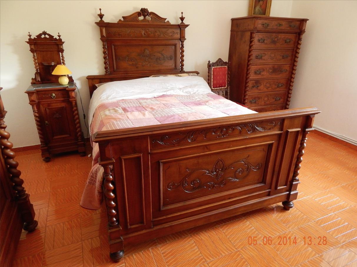 Camera da letto in legno epoca fine 800 completa letto - Camera da letto legno ...