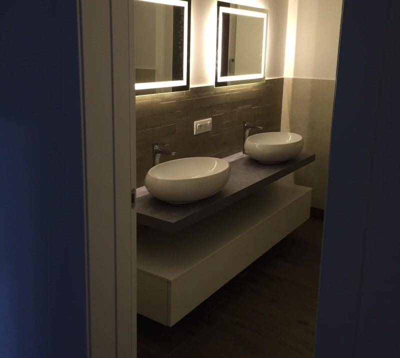 Mobile da bagno pk02 con piano sospeso doppio - Lavandino bagno con mobile ...